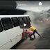 Coletivo urbano pega fogo no terminal 1 da Constantino Nery
