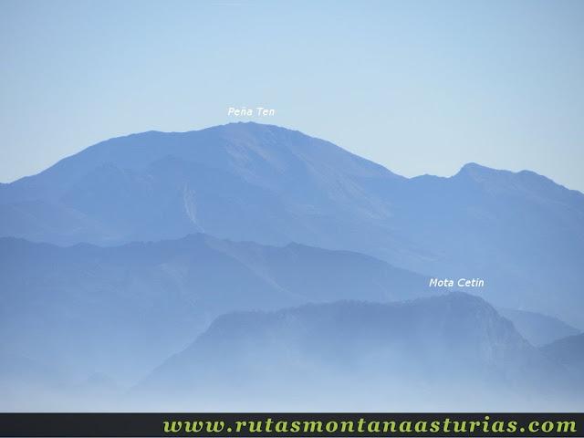 Ruta Pienzu por Mirador Fito y Biescona: Vista del Ten y la Mota Cetín desde el Pienzu