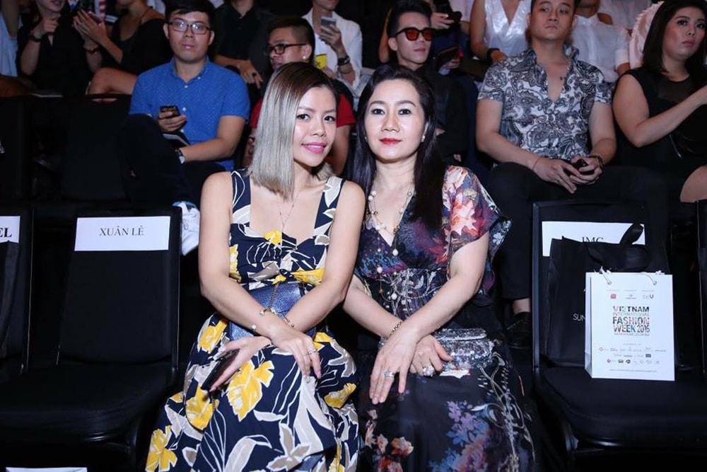 Crystal Phuong- Vietnam International Fashion Week 2016- Day 4 Streetstyle