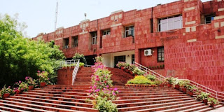 fight-in-jnu-with-irani-student