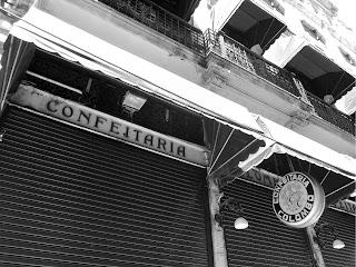 Fachada da Confeitaria Colombo, no centro do Rio de Janeiro