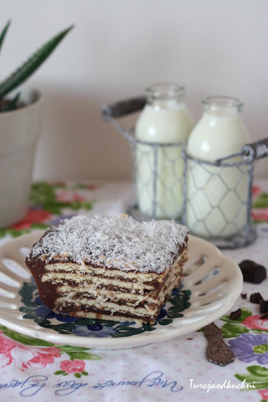 Dziecinnie proste ciasto budyniowe / Pudingli pasta