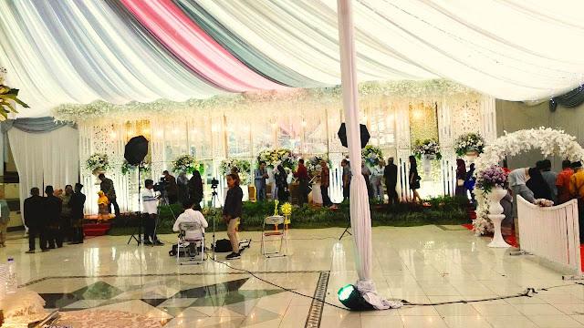 Ilustrasi Acara Pernikahan di Gedung