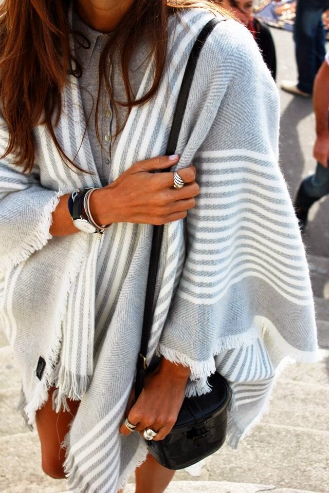 boho chic fall fashion light grey cape blanket coat