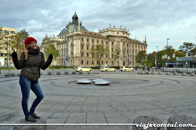 Karlsplatz - Múnich