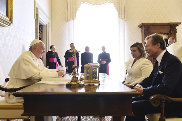 Grand Duke Henri, Grand Duchess Maria Teresa, Hereditary Grand Duke Guillaume, Hereditary Grand Duchess Stephanie, Prince Félix, Princess Claire, Princess Amalia, Prince Louis, Princess Tessy, Prince Gabriel of Luxembourg, Prince Noah of Nassau, Princess Alexandra and Prince Sébastien of Luxembourg, Pope Francis Vatican