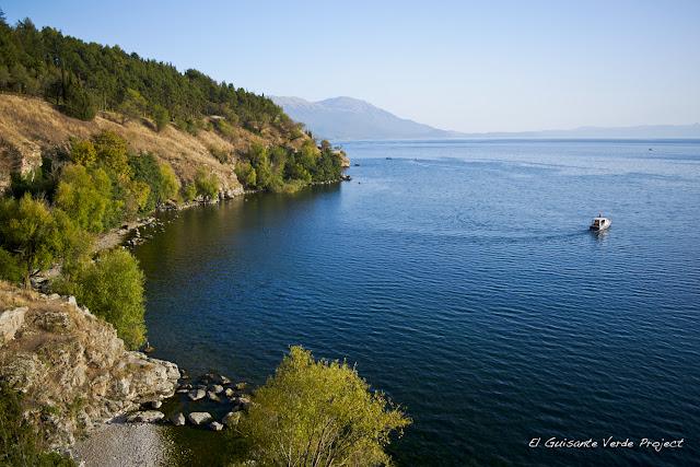 Vista del Lago de Ohrid - Macedonia por El Guisante Verde Project
