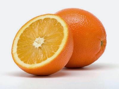 Cách trị tàn nhang hiệu quả nhất bằng cam tươi