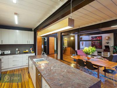 ห้องครัวในบ้านตู้คอนเทนเนอร์
