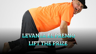 Levanta el premio desde las silla, CENTER OF GRAVITY, Lift the prize from the chair