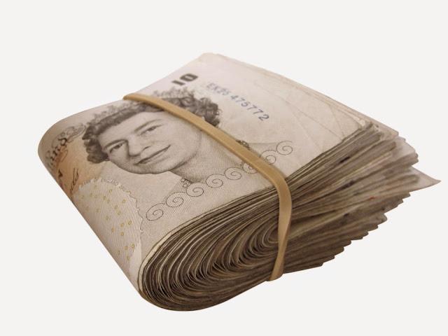 queen money 10