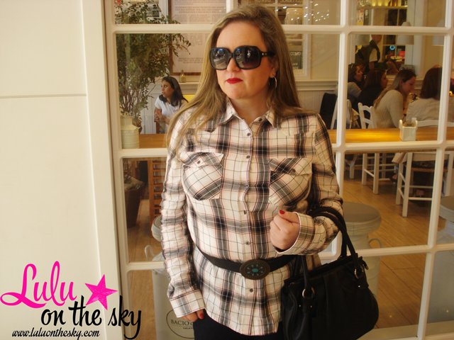 Look do dia: Camisa xadrez e jeans flare - blog luluonthesky