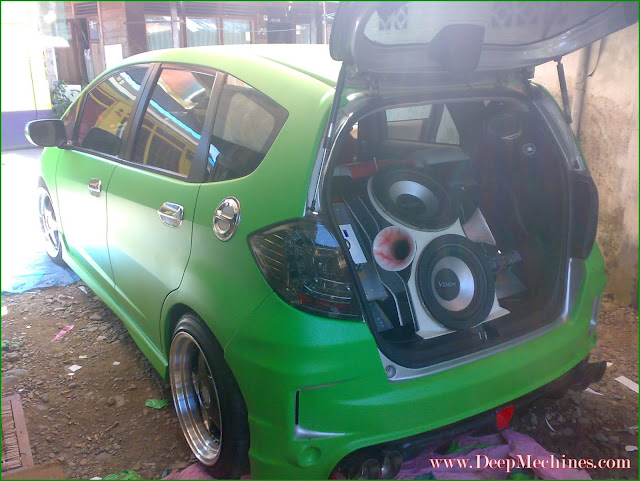 X-GUN Sticker Barabai - Photo Collection - Honda Jazz selesai Proses Pengerjaan