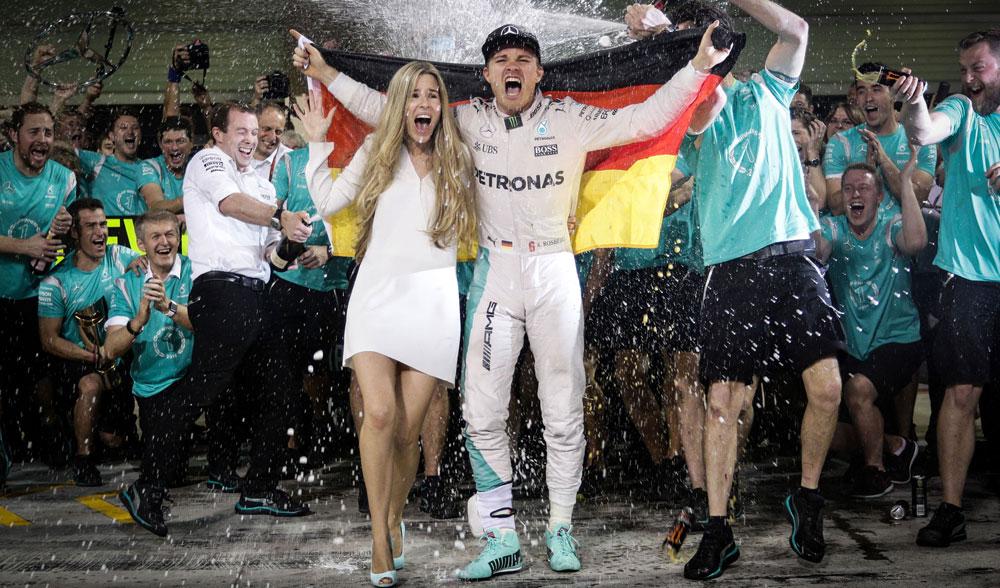 Nico Rosberg, Vivian y Mercedes celebran el título de Campeón del Mundo 2016 en Abu Dabi