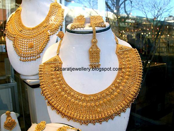 22 Carat Gold Heavy Necklace Sets Jewellery Designs