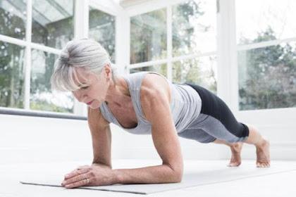 Latihan Rutin Bermanfaat untuk Wanita Usia di Atas 40 Tahun