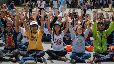 Venezuela, pobreza, comunismo, podemos, maduro, chavismo