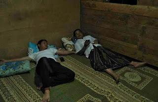 Istiqomah Ngantor di Desa, Wakil Bupati Trenggalek Tidur Dirumah Warga