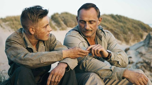 Fotograma: Land of Mine. Bajo la arena (2015)