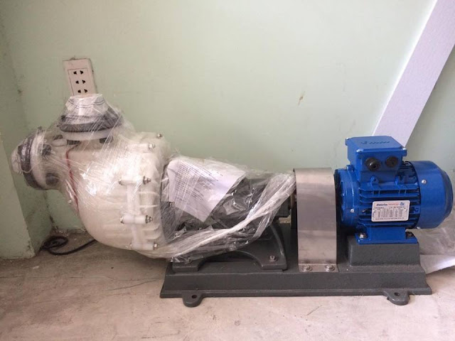 Máy bơm chịu axit đậm đặc . máy bơm axit H2SO4 98% . axit HCl 32% đặc
