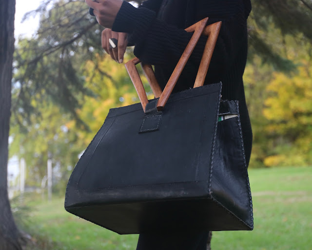 Lorma Wood Triangle HandBag