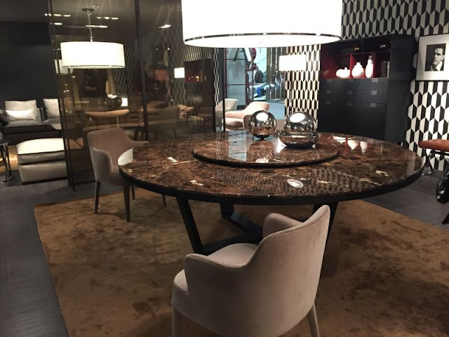 Modern Room with Round Dining Tables Modern Room with Round Dining Tables round dining table with brown marble