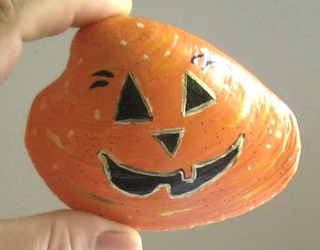 painted shell with pumpkin