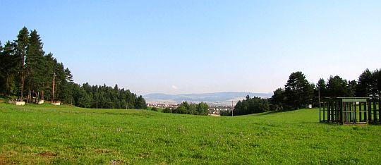Widok z Dziurkowca na Spiskie Tomaszowce.