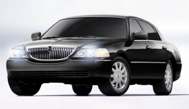2018 Lincoln Town Car Specs, Price, Release
