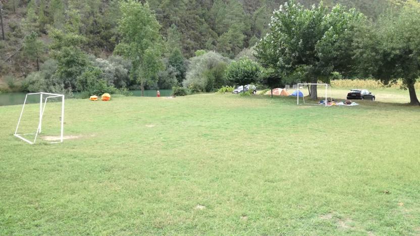 Campo de Futebol relvado