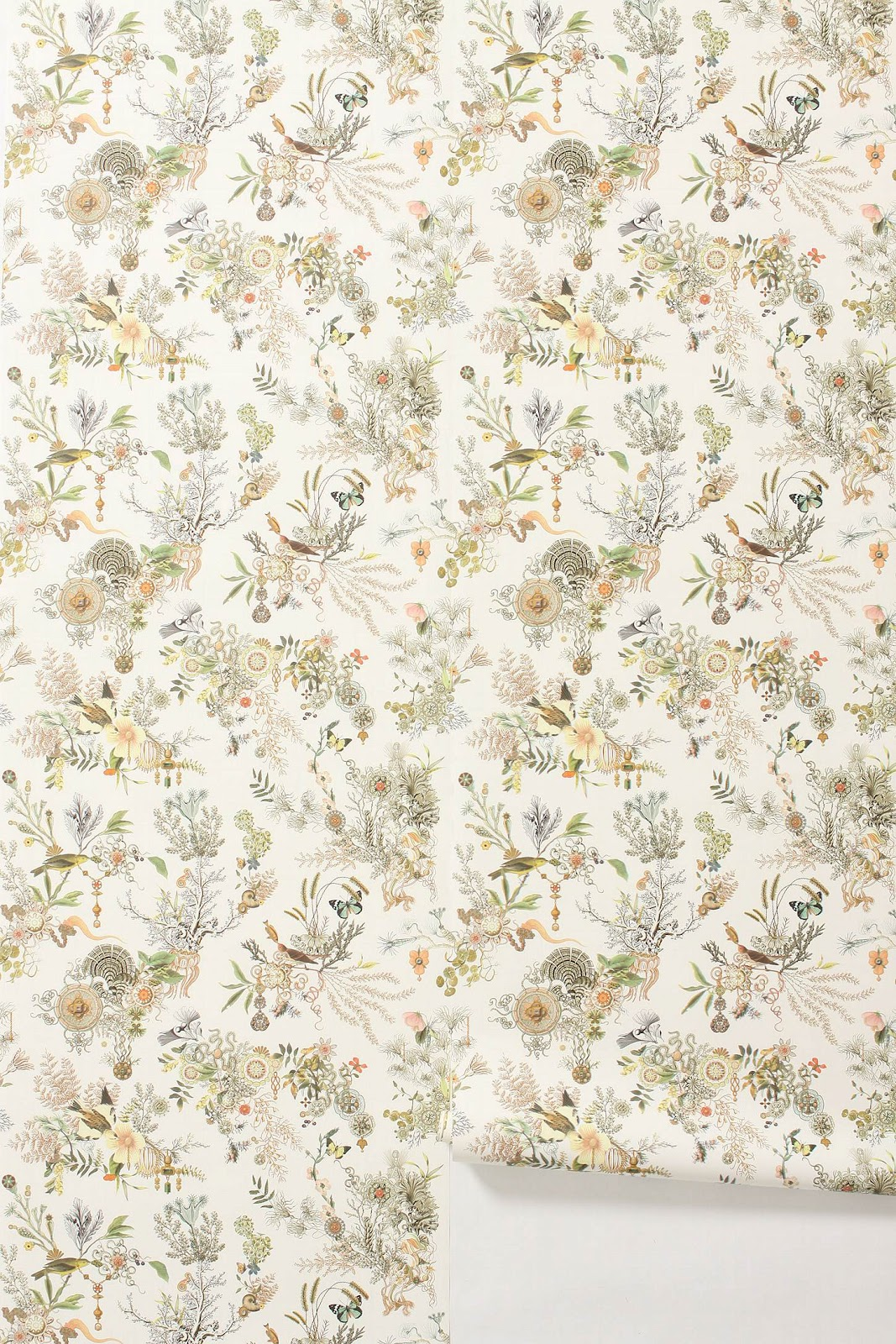 courtney lane: Patterned Wallpaper {De Gournay & Anthropologie}