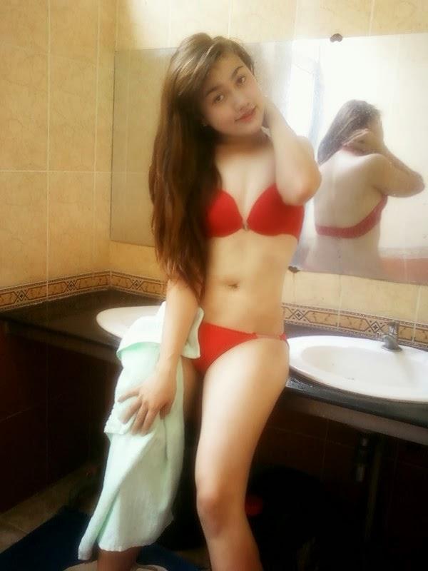 Teen Quỳnh Anh tự sướng trong nhà tắm