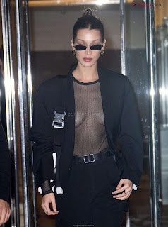 Bella Hadid  exposed in transparent  T shirt  kess  CEleBrity.co Exclusive 08
