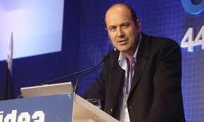 Sturzenegger, ratificó que la meta de inflación de la entidad para 2017 será de entre 12 y 17 por ciento, tal como se presentó en el proyecto de Ley de Presupuesto Nacional.