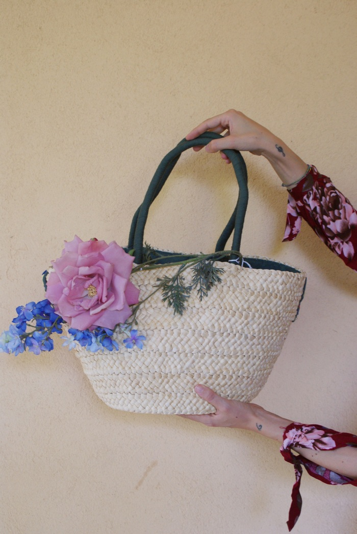 diy straw bag flowers francinesplaceblog