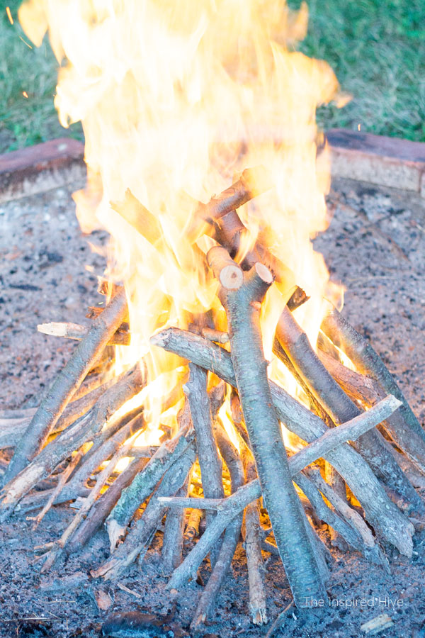 Tips for hosting a summer BBQ party. How to light a fire fast.