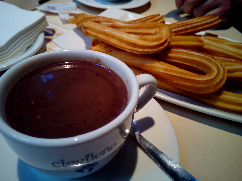 Churros con chocolate, Spain