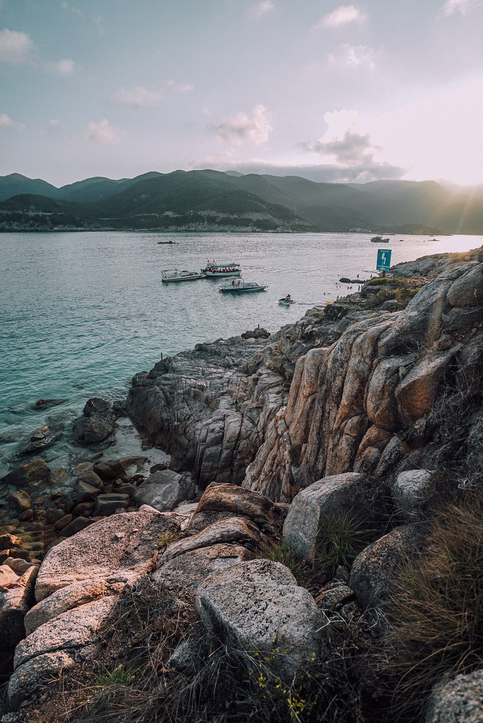 Trải nghiệm vẻ đẹp thanh bình trên đảo Bình Hưng tỉnh Khánh Hòa - Ảnh 7
