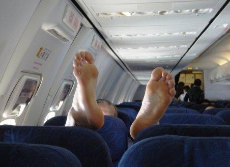 Пассажир рейса Москва-Уфа, устроивший пьяный дебош на борту, оштрафован на 150 тысяч рублей