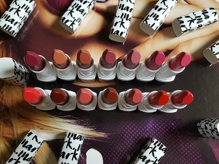 AVON Mark - Plump it up Lipstick - Review & Swatches - mit collagen koffein und lichtschutzfaktor