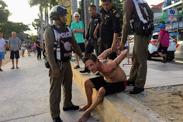 Crazed foreigner arrested after Jomtien beach rampage