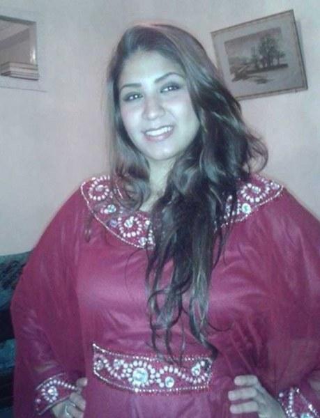 مغربية ثرية لم يسق لى الزواج اقيم فى سويسرا ابحث عن شاب عربي للزواج