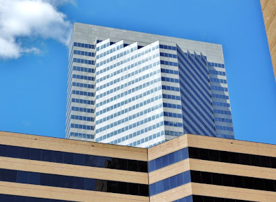 Photo of Fulbright Tower in Downtown Houston