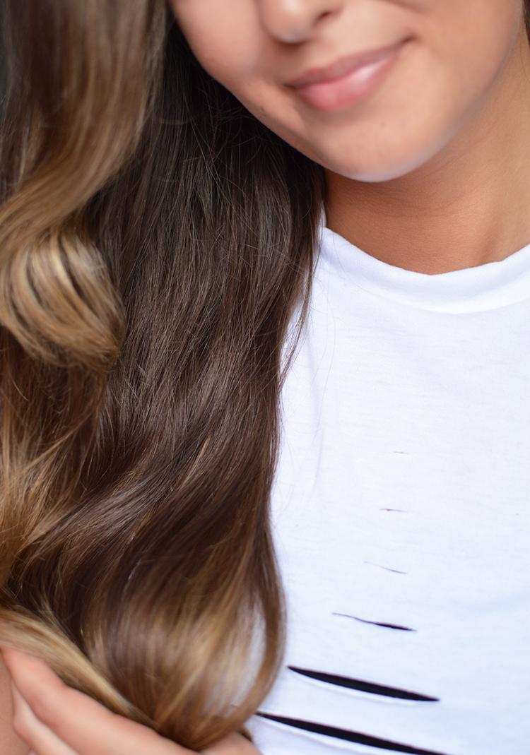Jak dbać o włosy kręcone i falowane? 6 głównych zasad - Czytaj więcej »
