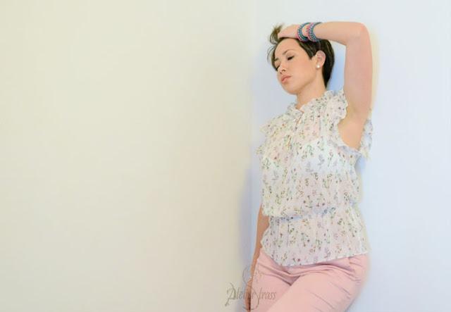 blusa holgada con estampado floral