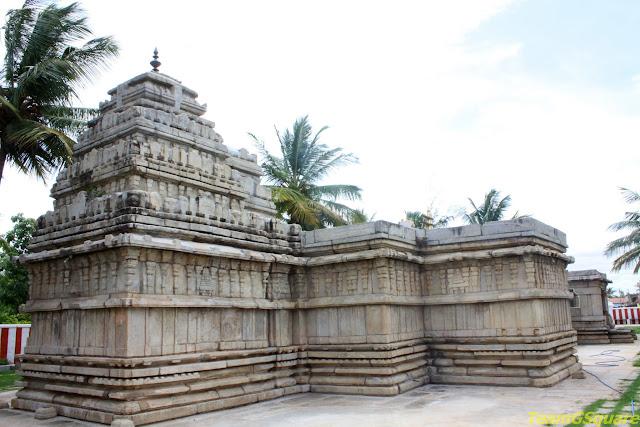 Sri Lakshmikantha Temple, Hedathale