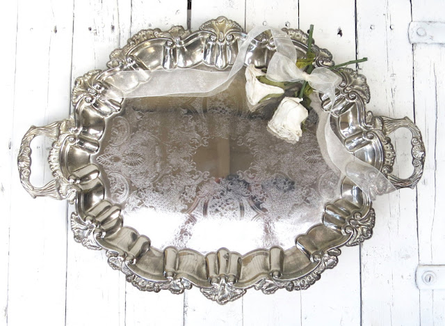 https://www.etsy.com/listing/452767038/vintage-silverplate-footed-platter-large?ref=related-4