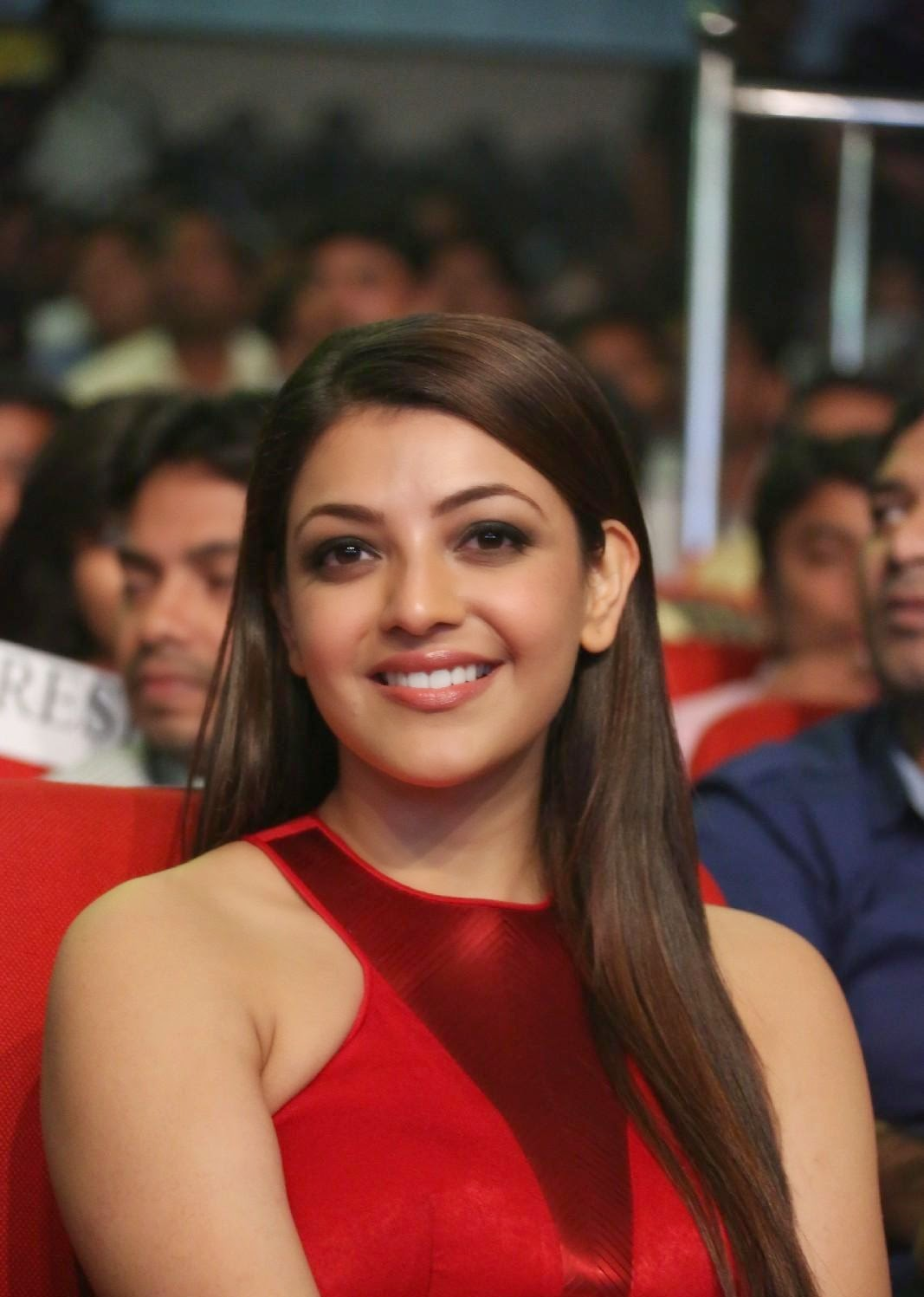 High Quality Bollywood Celebrity Pictures Kajal Agarwal -1180