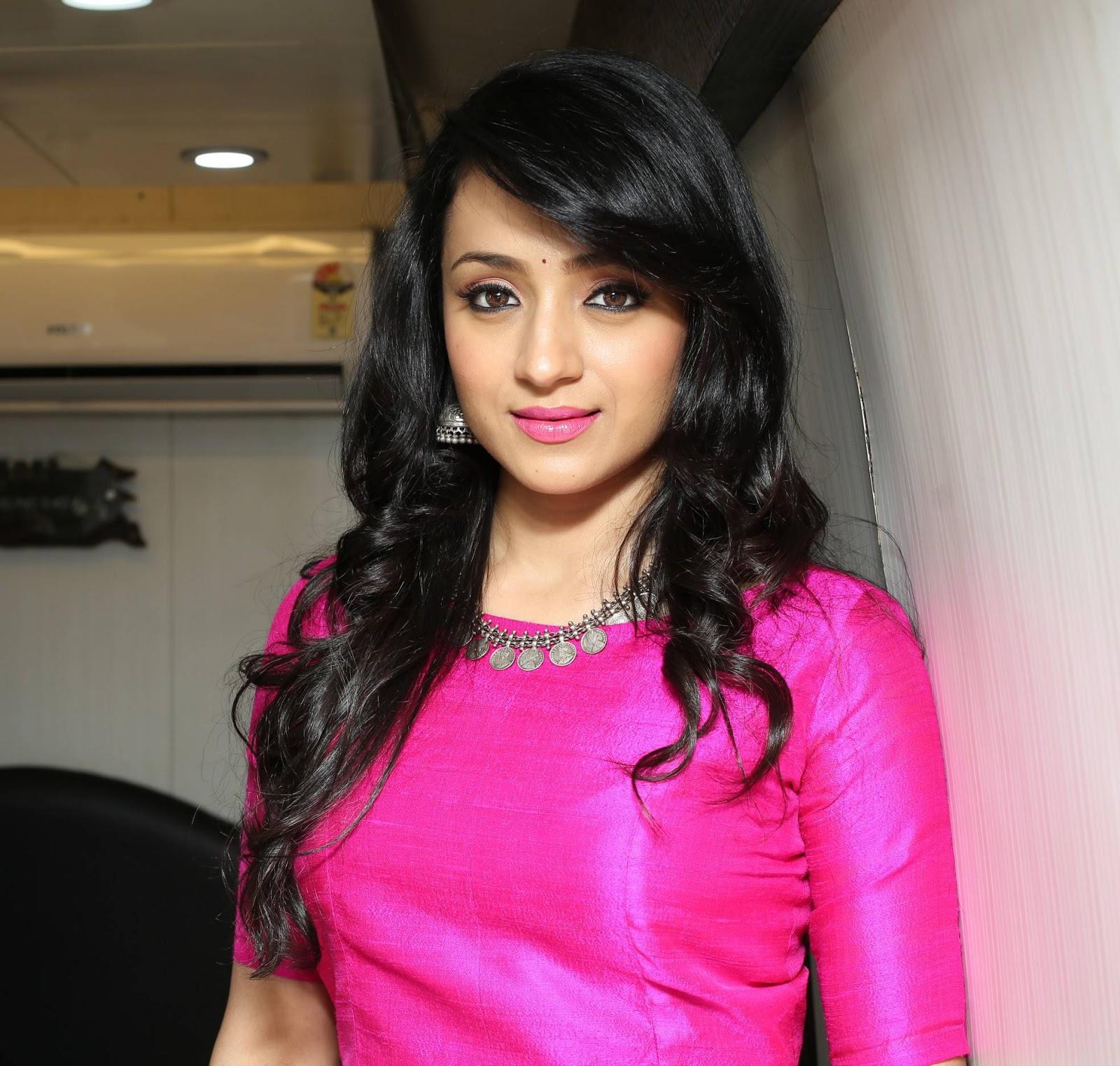 Actress trisha latest photos