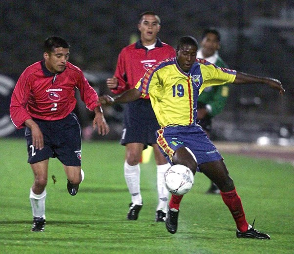 Chile y Ecuador en Clasificatorias a Corea/Japón 2002, 14 de noviembre de 2001